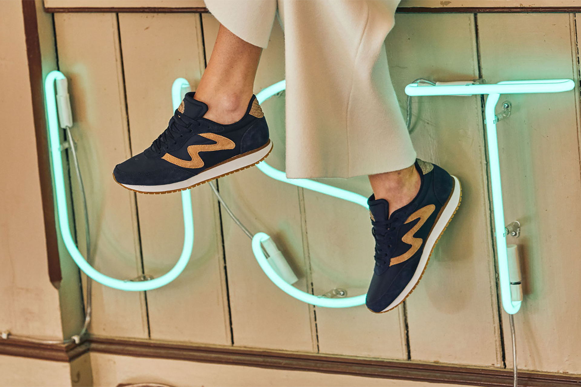 WODEN_sneakers-minimalistic-sustainability-Olivia_Navy